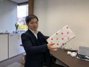 山崎さんの誕生日の次の日は市沢の誕生日です。